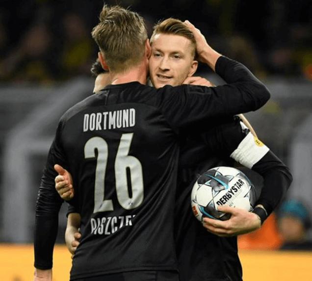 德甲14轮罗伊斯与皮队庆祝进球